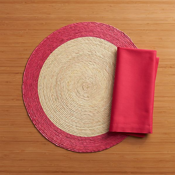 Tropic Palm Pink Trim Placemat and Fete Azalea Cotton Napkin