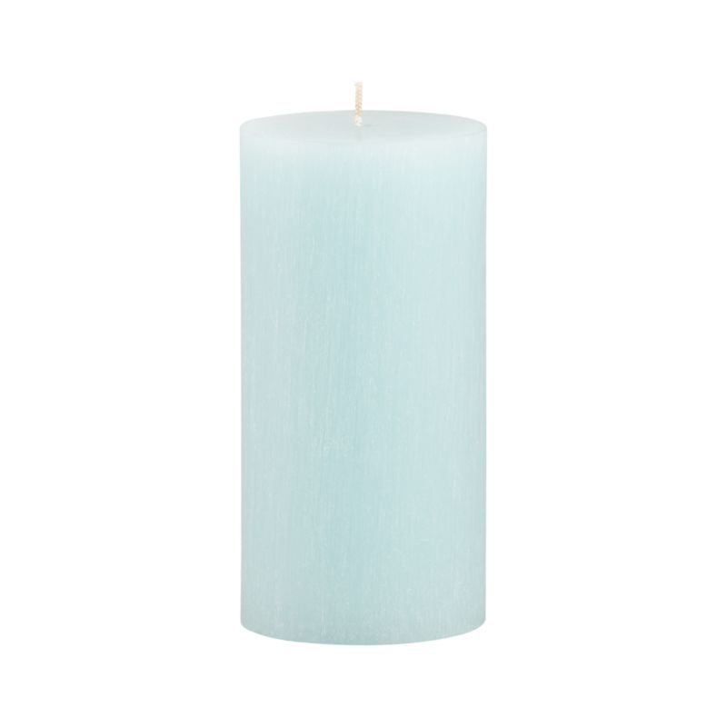 "Vertical ridges encircle this hand-poured candle, adding character and texture reminiscent of bark from the tupelo tree.<br /><br /><NEWTAG/><ul><li>Fully refined paraffin wax</li><li>Cotton wick</li><li>Hand-poured</li><li>Unscented</li><li>Burn time: 3""x6"" (80 hours)</li><li>Made in Thailand</li></ul>"