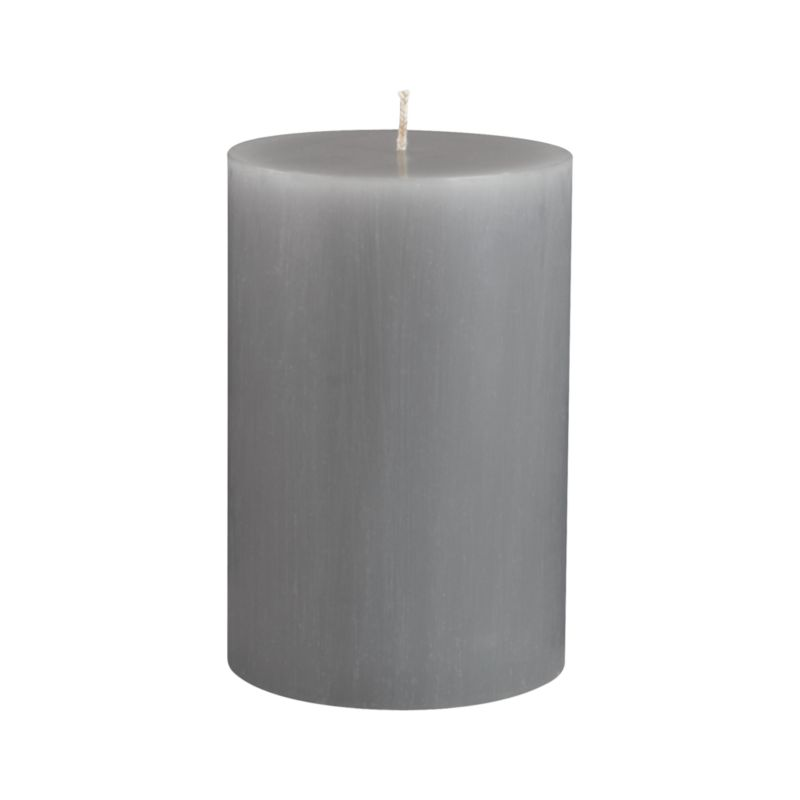 "Vertical ridges encircle this hand-poured candle, adding character and texture reminiscent of bark from the tupelo tree.<br /><br /><NEWTAG/><ul><li>Fully refined paraffin wax</li><li>Cotton wick</li><li>Hand-poured</li><li>Unscented</li><li>Burn time: 4""x6"" (120 hours)</li><li>Made in Thailand</li></ul>"