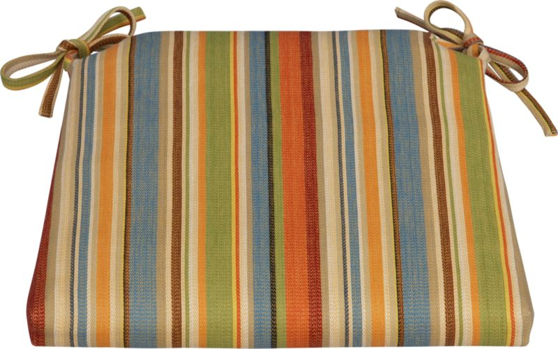 Tie on extra comfort with our all-cotton cushion in a kitchen-friendly stripe for all seasons.<br /><br /><NEWTAG/><ul><li>100% cotton fabric</li><li>High density polyester foam and fill</li><li>Zipper closure</li><li>Tie back</li><li>Machine wash removable cover</li><li>Made in India</li></ul>