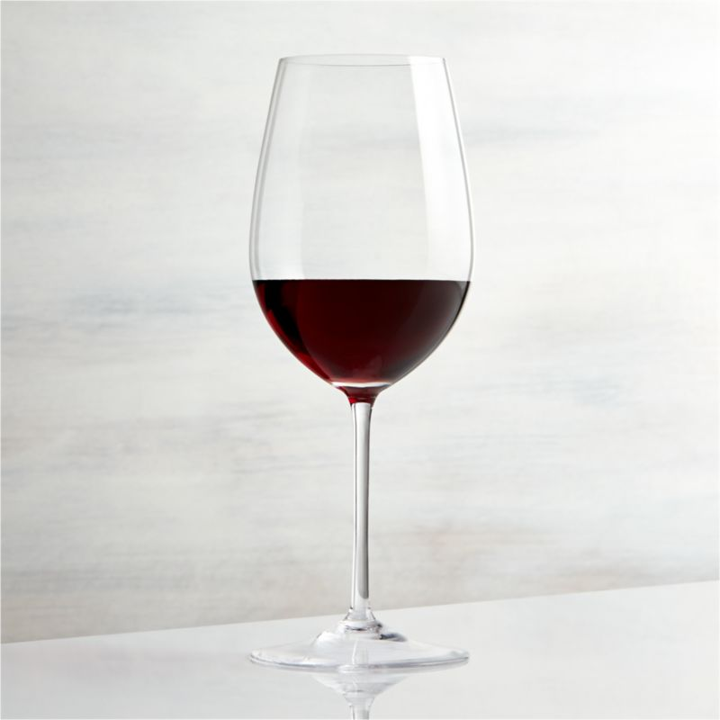 This elegant stemware features oversized proportions that really let big wines breathe. Wine connoisseurs will appreciate this nicely weighted Bordeaux glass, true to the classic shape with slender stem and generous bowl.<br /><br /><NEWTAG/><ul><li>Handmade</li><li>Hand washing recommended</li><li>Made in Czech Republic</li></ul><br />