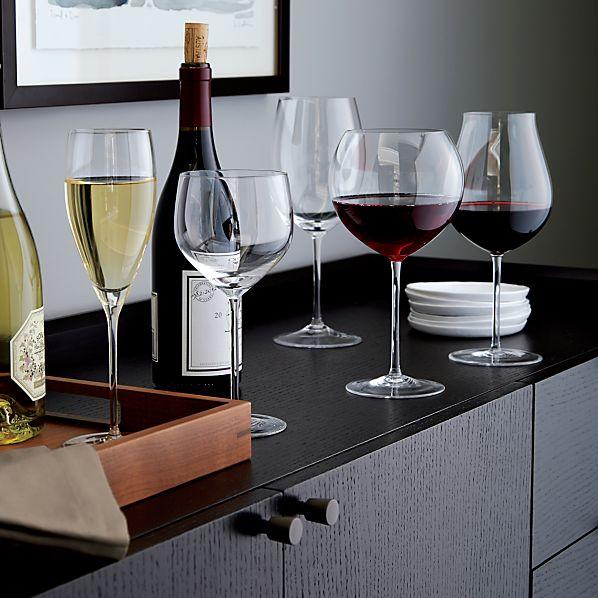 VineyardWineGlassesAC14