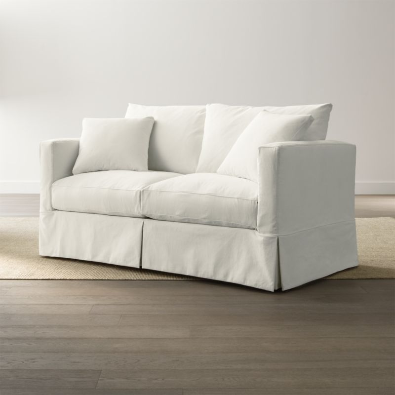 Willow Apartment Sofa Snow Crate And Barrel
