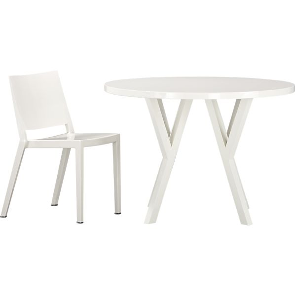 5-Piece Ypsilon Round Dining Set
