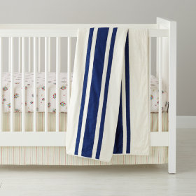 Beaucoup de Fraises Crib Bedding