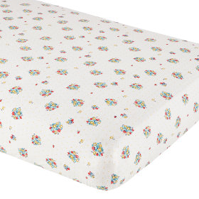 Beaucoup de Fraises Crib Fitted Sheet