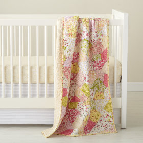 Puzzle Patch Crib Quilt