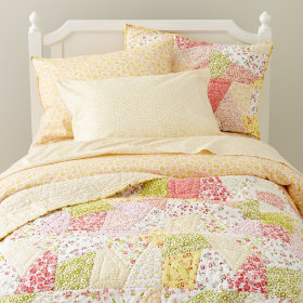 Puzzle Patch Bedding