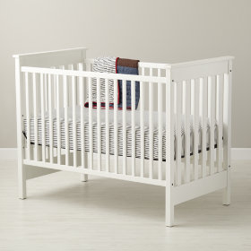 Straight-Up Crib (White)