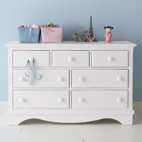 Walden 7-Drawer Dresser (White)