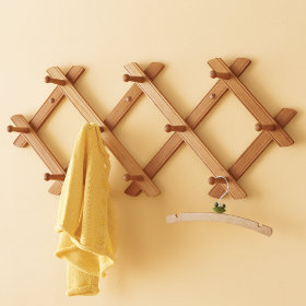 Accordion to Me Peg Rack (Honey)
