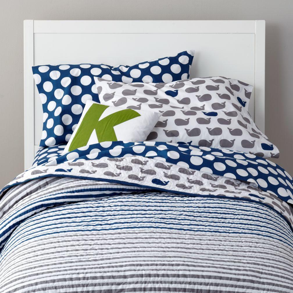 new school kids quilt make a splash. Black Bedroom Furniture Sets. Home Design Ideas