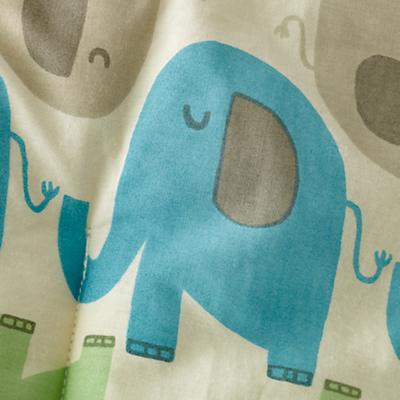 513636_CR_Elephants_Room_Detail_01