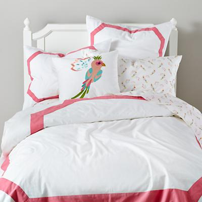 Bedding_Parrots_PI_Group
