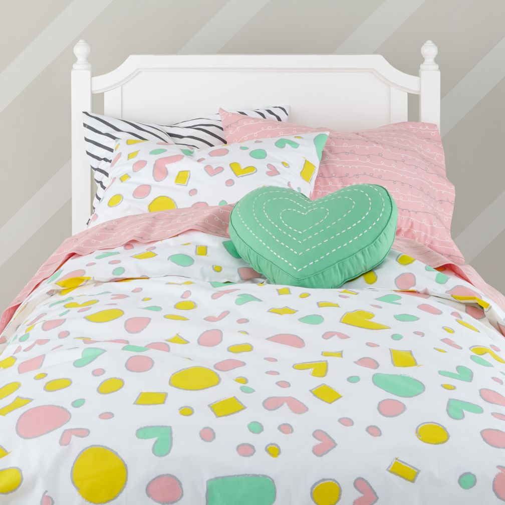 Pattern Party Bedding