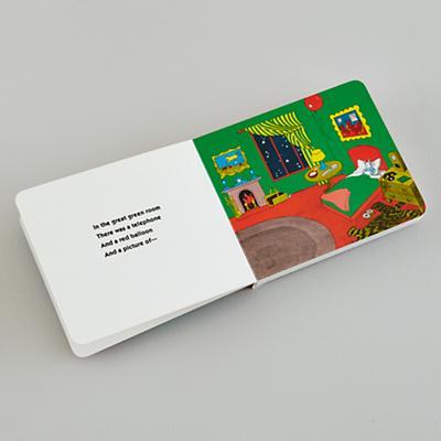 Book_Goodnight_Moon_Detail_1