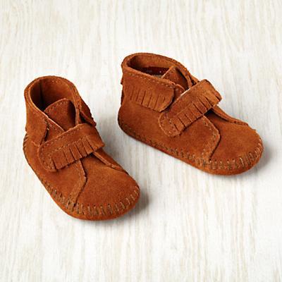 9-12 mos. Minnetonka ® Velcro ® Front Strap Bootie (Brown)