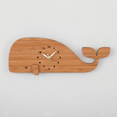 Clock_Whale_Modern_LL