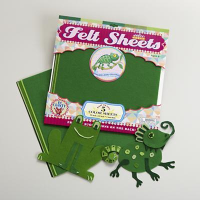 Chameleon Green Felt Sheets Set
