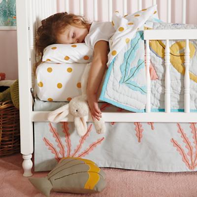 Marine Queen Toddler Bedding