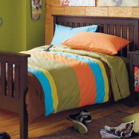 The Wide Stripes Bedding